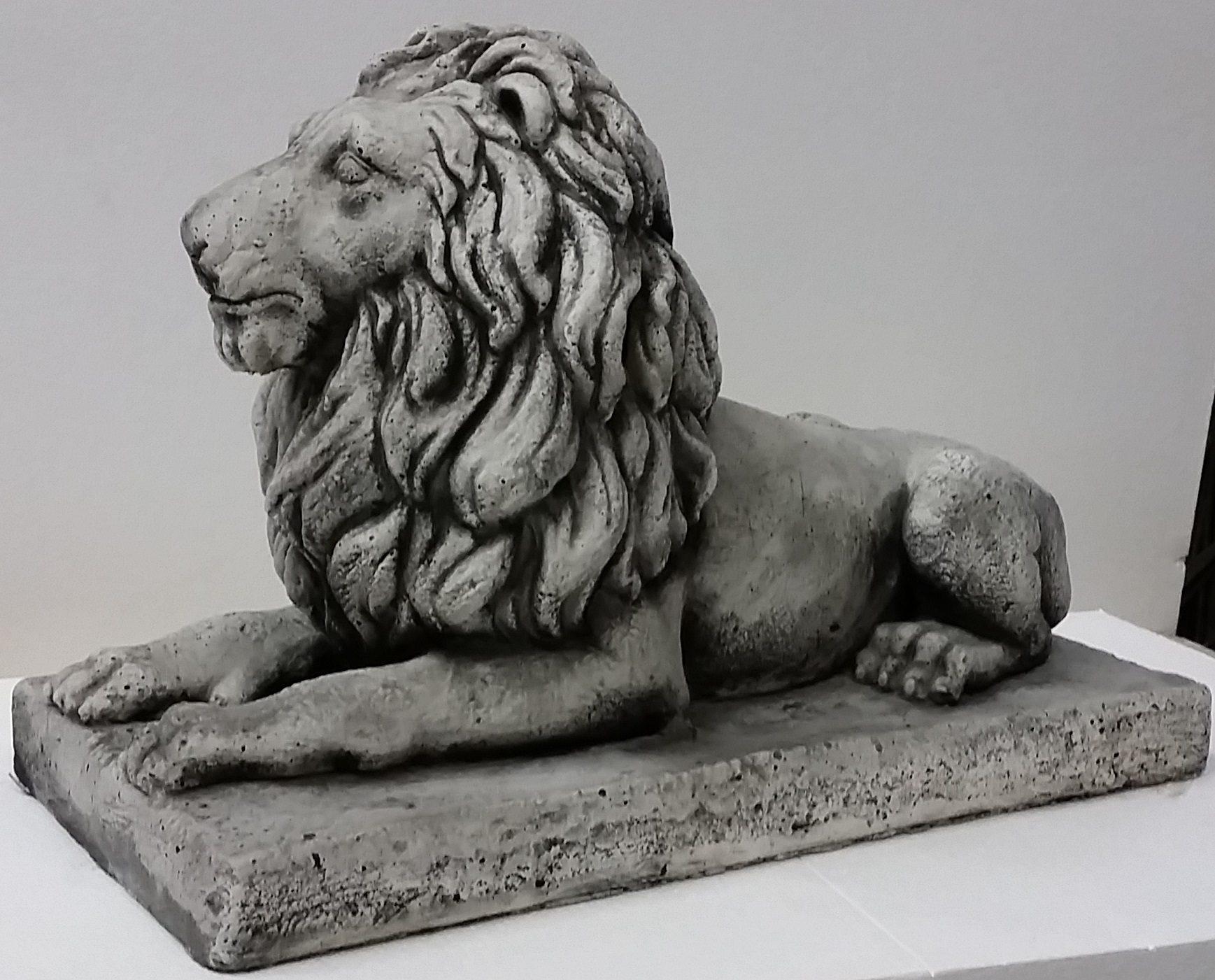 Lion Concrete Statue
